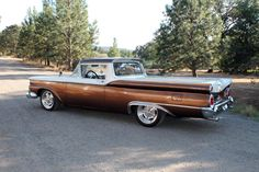 1959 FORD RANCHERO CUSTOM PICKUP - Barrett-Jackson Reno $25,300