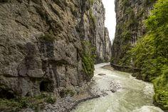 Ausflugsziele Schweiz: 99 Ideen für einen tollen Tagesausflug Places In Switzerland, Waterfall, Country Roads, Nature, Plants, Travel, Outdoor, Fitness Workouts, Wonderland