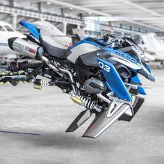 BMW y Lego surcan juntos el cielo - Robb Report España