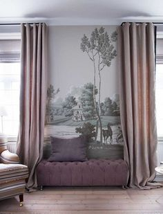 For the space between 2 windows. de Gournay wallpaper La Chasse de Compiegne design in Crystal Grey colourway on scenic paper. Interior design by Tapet Café. De Gournay Wallpaper, Chinoiserie Wallpaper, Casa Milano, Living Spaces, Living Room, Interior Decorating, Interior Design, Decorating Ideas, Design Case