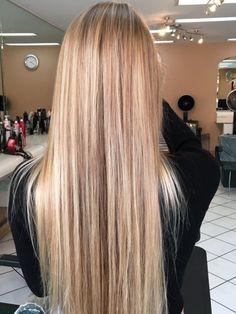 66 Chic Short Bob Hairstyles & Haircuts for Women in 2019 66 Chic Short Bob Hairstyles & Haircuts for Women in 2019 Short Bob Hairstyles, Hairstyles Haircuts, Pretty Hairstyles, Coiffure Hair, Blonde Hair Looks, Hair Growth Oil, Balayage Hair, Gorgeous Hair, Dyed Hair