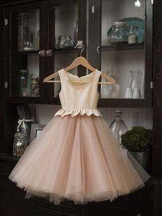 2016 New Beige Color Beautiful Chiffon A Line White Flower Girl Dresses Light Pink Flower Girl Dresses Little Girl Bridesmaid Dresses From Brucesuit, $83.67| Dhgate.Com