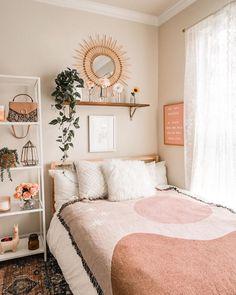 Dorm Room Designs, Room Design Bedroom, Room Ideas Bedroom, Home Decor Bedroom, Bedroom Inspo, Bedroom Signs, Entryway Decor, Master Bedroom, Cozy Room