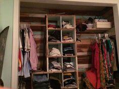 www.recycledpalletideas.com wp-content uploads 2016 04 shipping-pallet-closet-ideas.jpg
