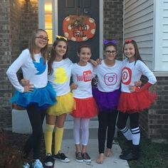 60 Bestie Halloween Costumes to make your friendship Shine Bright Ethinify Halloween Daisy Duck Halloween Costume, 4 People Halloween Costumes, Halloween Outfits, Halloween Ideas, Halloween Makeup, Halloween Party, Friend Costumes, Group Costumes, Partner Costumes