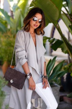 The VivaLuxury | Taupe Trench