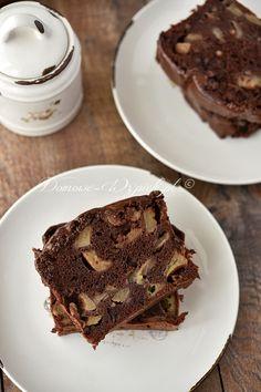 Wilgotne ciasto czekoladowe z jabłkami