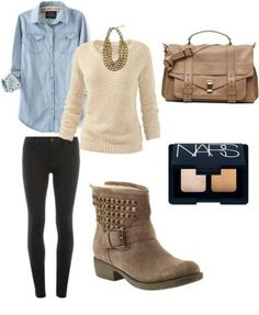 This is adorable, I love how the necklace matches the boots. Love this for fall or maybe even winter