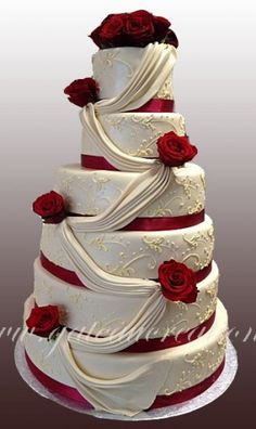 piece-montee-wedding-cake-mandy - Say i do ❤️ - Mariage Wedding Cake Roses, Amazing Wedding Cakes, Burgundy Wedding, Red Wedding, Pretty Cakes, Beautiful Cakes, Different Wedding Cakes, Quinceanera Cakes, Happy Birthday Cakes