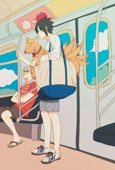 Sasuke is carrying Naruto who has turned into a fox in a summer bag. Art Naruto, Manga Naruto, Naruto Sasuke Sakura, Naruto Cute, Naruto Funny, Naruto Shippuden Anime, Kakashi, Photo Naruto, Boruto