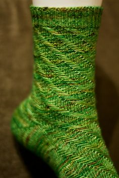 2019 Neu Modell Ravelry: Peppermint Mocha Socks pattern by C. Knitting Help, Loom Knitting, Knitting Socks, Hand Knitting, Wool Socks, My Socks, Crochet Socks, Knit Crochet, Love Knitting Patterns