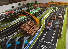 Check out these awesome slot track layouts from our customers. Slot Car Race Track, Ho Slot Cars, Slot Car Racing, Slot Car Tracks, City Model, Scale Models, Carrera, F1, Layouts