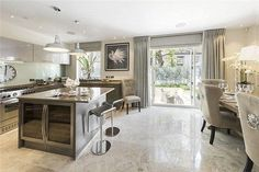 Clabon Mews, London SW1X, 4 bedroom property for sale - 33218010 | PrimeLocation Mobile