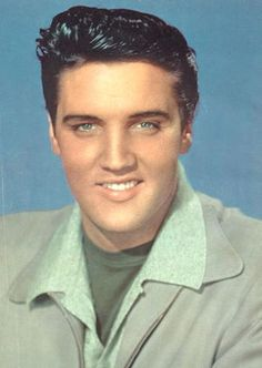 Elvis Aaron Presley (* 8. Januar 1935 in Tupelo, Mississippi; † 16. August 1977 in Memphis, Tennessee)