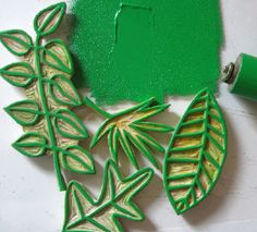 green leaves1a