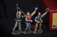 BRITAINS 17835 5TH VIRGINIA INFANTRY CHEERING TROOPS TOY SOLDIER FIGURE SET