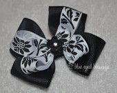 Simple black & white holiday and Christmas hair bow for sale!  Still time to arrive before Christmas!