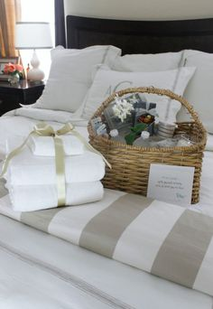Thoughtful overnight guest basket makes everyone feel very welcome. Guest Welcome Baskets, Guest Room Baskets, Guest Basket, Guest Room Decor, Bedroom Decor, Welcome Home Basket, Bedroom Ideas, Budget Bedroom, Bedroom Colors