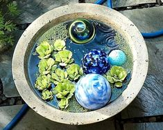 Stunning Water Features You Can Make In A Day – Container Water Gardens Small Water Gardens, Container Water Gardens, Indoor Water Garden, Bird Bath Garden, Backyard Water Feature, Ponds Backyard, Container Pond, Patio Pond, Backyard Waterfalls