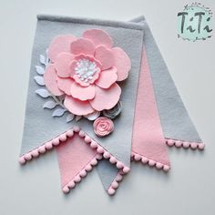 Personalized name boho garland, handmade and made to order. This decor is perfect for hanging on the wall at childs room. On the photos are banners in pastel colours, but you can choose the colour of the flags(pennant), letters and flowers. Please contact me about the details. Dimensions of