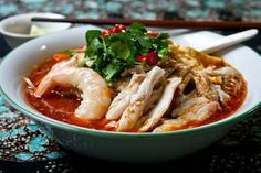 Our recipe of the week is from Malaysia. Try your hand at cooking this top secret Sarawak Laksa recipe that serves six. #SarawakLaksa #Malaysia #Recipe For more info: http://3hungrytummies.blogspot.co.uk/2012/11/sarawak-laksa-malaysian-monday-95.html Photo credit: 3hungrytummies.blogspot.co.uk