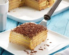 Alice Delice, Delicious Desserts, Yummy Food, Deli Food, Gateaux Cake, Sweet Pie, Pie Cake, Eat Dessert First, Tray Bakes