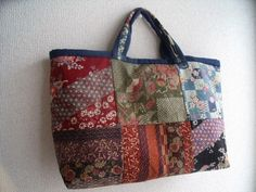 Patchwork tote made of Japanese fabric Patchwork Bags, Quilted Bag, Rag Quilt Purse, Japan Bag, Craft Bags, Sewing Art, Japanese Fabric, Fabric Bags, Handmade Bags