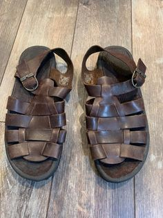 fc0479eec TEVA Weaver Womens Size 9 M Fisherman Sandals Brown Leather--Gently Used   fashion
