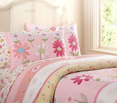Applique patterns - Applique quilts - Quilt patterns for applique Free Applique Patterns, Applique Quilts, Cat Applique, Quilt Patterns, Bedspreads Comforters, Quilted Bedspreads, Country Cottage Interiors, Cute Bedding, Bed Spreads