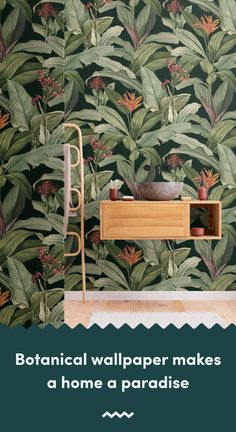 Introduce a more sophisticated take on tropical design to your space, with this exotic tropical wallpaper in green tones. Tropical Wallpaper, Botanical Wallpaper, Beach Wallpaper, Green Wallpaper, Pattern Wallpaper, Wallpaper Toilet, Bathroom Wallpaper, Tropical Design, Tropical Pattern