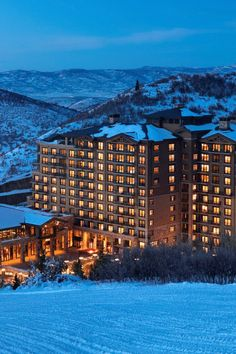 The St. Regis Deer Valley, USA is the FHRNews #AmexFHR #luxury #hoteloftheday for Wednesday, October 5.