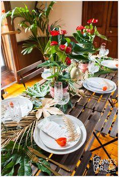 Tropical Themed Wedding table setting | Classic Crockery | Wedding styling Always Andri www.alwaysandri.co.uk | Frances Carlisle Photography www.francescarlisle.co.uk