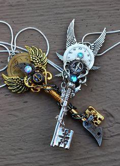 Epic Keys - Stock Photography by *KeypersCove on deviantART Key Jewelry, Cute Jewelry, Jewelery, Steampunk Accessories, Jewelry Accessories, Birthday Gifts For Grandma, Pastel Goth Fashion, Keys Art, Magical Jewelry