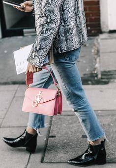 Le sac à main du printemps sera... rose ! (photo Collage Vintage)
