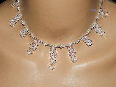 Collier chic en perles de verre facettes blancab et rocailles argentées €14