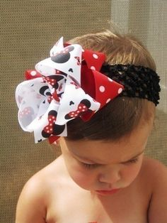 i really want to have little girls who will wear huge bows like this :) hehe! so cute!