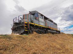 DLCX #6930 locomotive