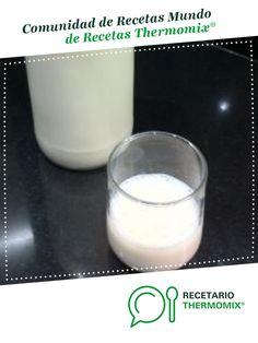 Actimel (L. Cassei) casero por jilabiano. La receta de Thermomix<sup>®</sup> se encuentra en la categoría Básicas en www.recetario.es, de Thermomix<sup>®</sup> Glass Of Milk, Food, Food Processor, Homemade, How To Make, Deserts, Eten, Meals, Diet