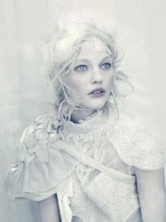 ICE BEAUTY    Model:Sasha PivovarovaDress:FendiShawl:Angels The CostumiersStylist: Jacob K.Photographer:Paolo Roversi
