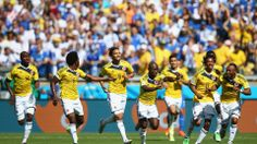 Pablo Armero needed only 5 minutes to beat the stingy Greece defense - Colombia 3-0 Greece #worldcup