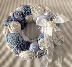 Deko-Objekte - Kranz Rosen  weissblau Shabby - ein Designerstück von gittirai bei DaWanda