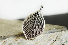 Leaf Pendant 35x20mm Antique Silver Leaf Pendant Double