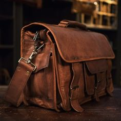 The Everett Vintage Leather Briefcase can do more than just keep your laptop safe. Vintage Leather Messenger Bag, Leather Suitcase, Leather Laptop Bag, Leather Luggage, Leather Briefcase, Leather Handbags, Leather Bags, Leather Backpacks, Laptop Bags