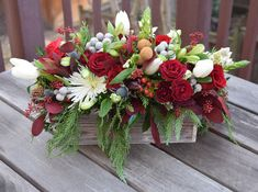 Seasonal blooming garden created by Fleurelity - flower gift box for holidays/Christmas.