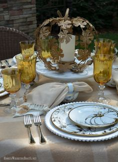 Alfresco Golden Autumn Tablescape with Pumpkins | homeiswheretheboatis.net
