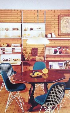 Case Study House 28 with Herman Miller furniture