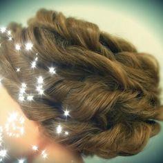 Twisted updo wedding hair bridal hair Asthecurlturns.com Facebook.com/victoryroll  Doordye-sj.com
