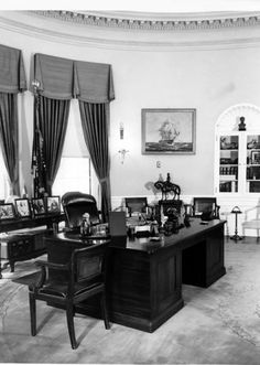 Oval Office before renovations.