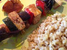 Patrícia is cooking.: Espetadas de tofu com legumes e molho de rosmaninh...