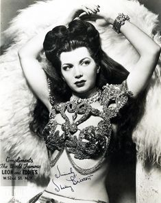 Sherry Britton burlesque dancer 1940's #dance #dancer #hair #costume #period #1940s #photograph #photography #cabaret